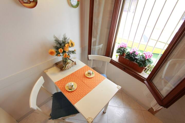 Cosy  flat with canal view - Rialto