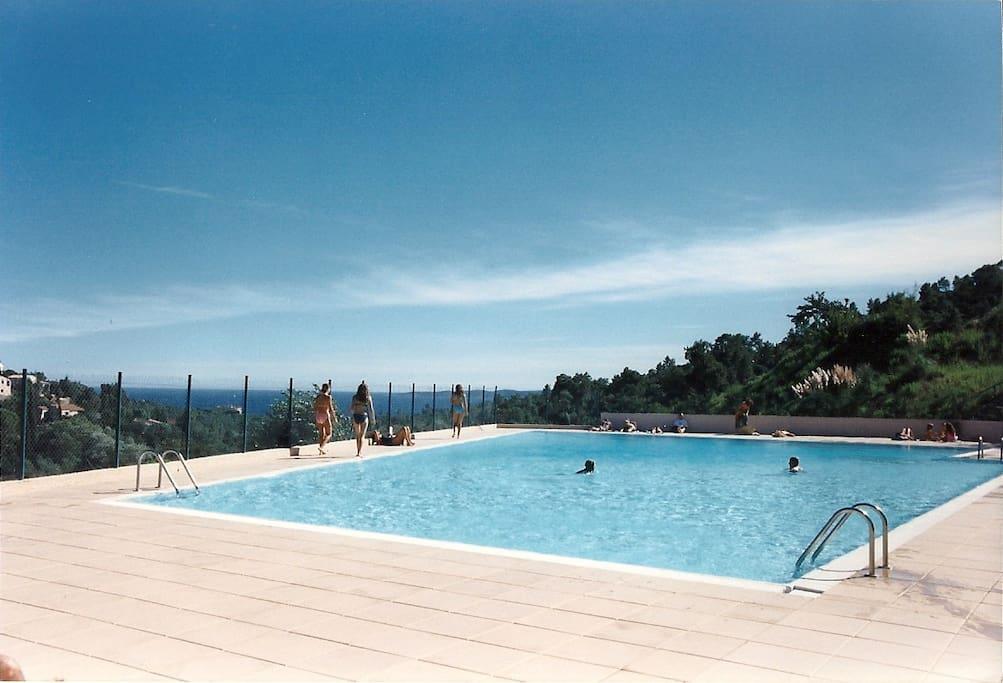 et la seconde piscine...