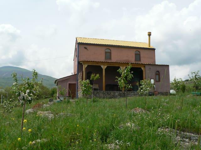 Домик в Горах - Nor Hachn