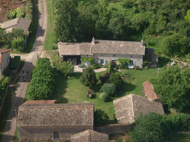 Top locatie op het platteland !! - Anché - Casa de campo