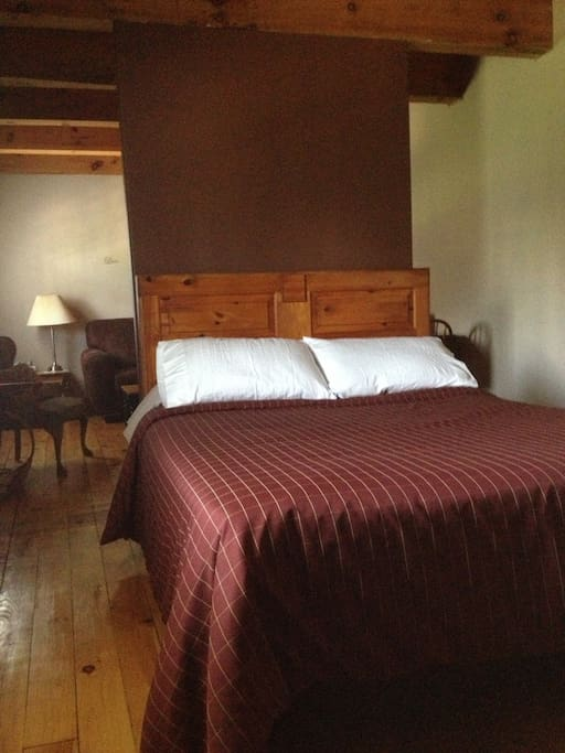 By The Bay Bed And Breakfast Rondeau