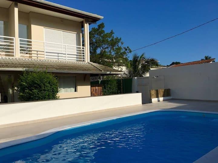Vila Tiare 4 • 1 dorm • Casa nova e confortável em Maresias