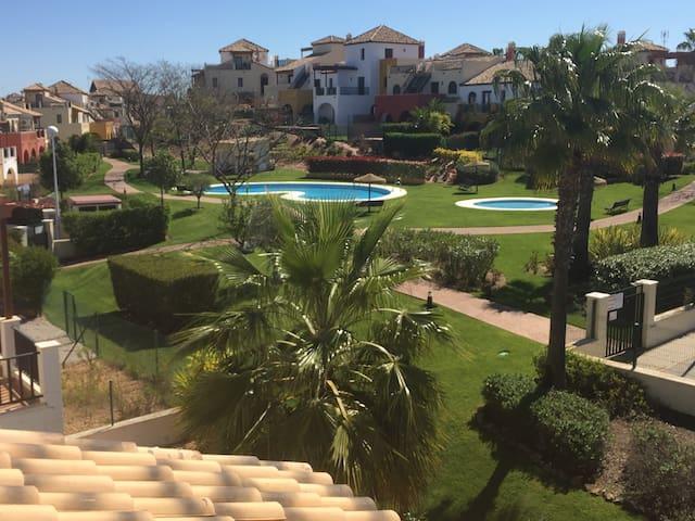 Chalet con piscina - Campo de golf - Ayamonte - Casa