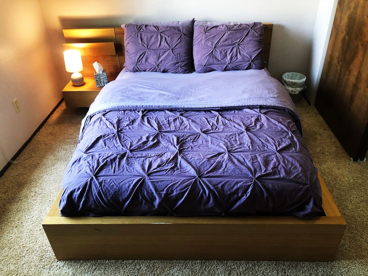 Double Bed, perfect for 1 or perfect cozy for 2!