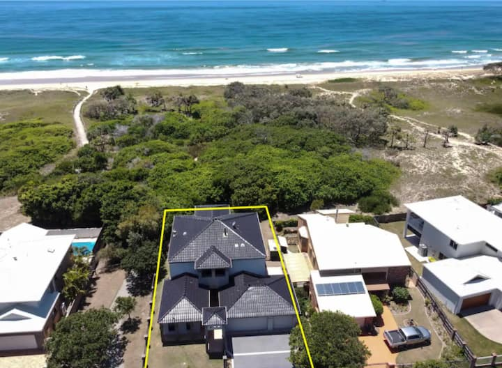 Beachfront home-the perfect family getaway-Warana