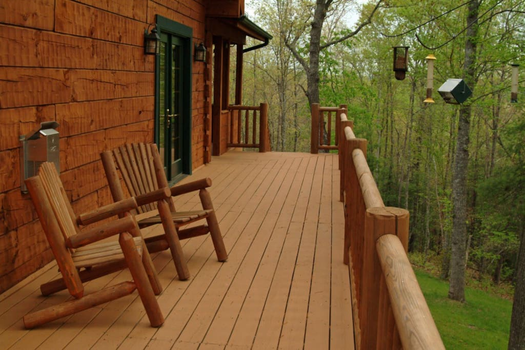Side view wrap around deck