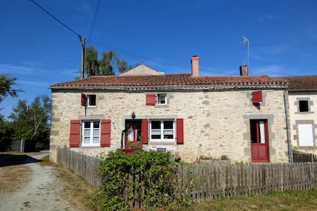 Gîte in rural Limousin with private fishing lake