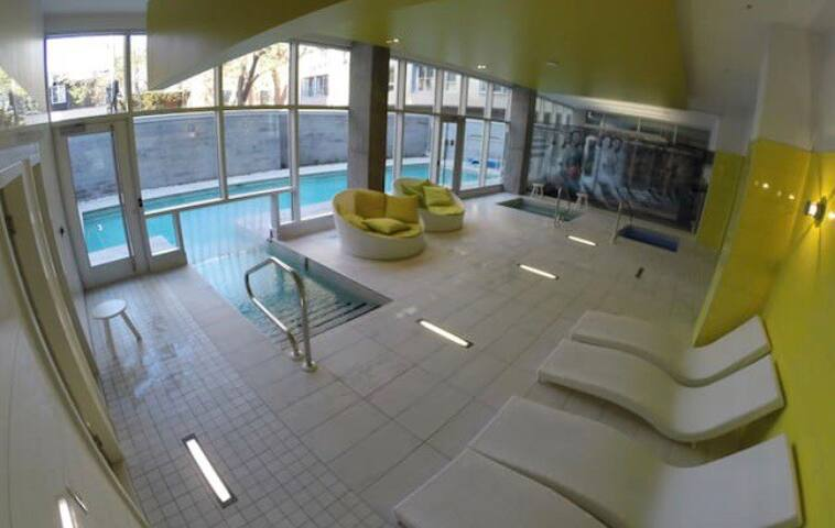 Heated pool and Spa Jaccuzzi