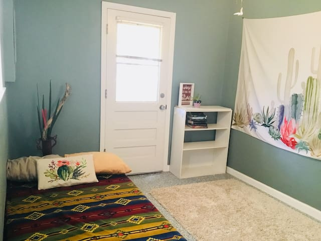 Arizona Room w/ Back Door to Garden