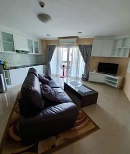 Beautiful 1 bedroom 2nd floor condo (57 sqm)