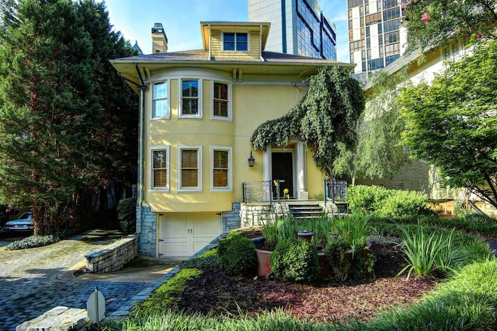 Main Home in BEST Midtown Location!