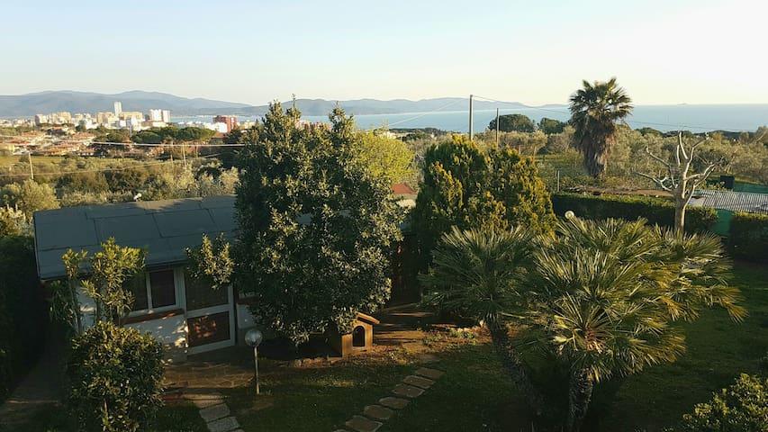 Monolocale con piscina Follonica Toscana - Follonica