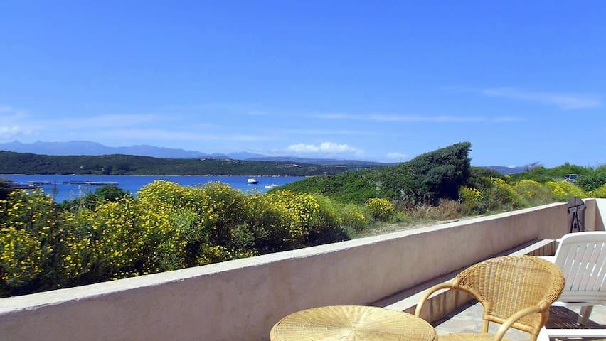 Villa 4 pers, baie de Santa Manza, 20m de la plage - Bonifacio