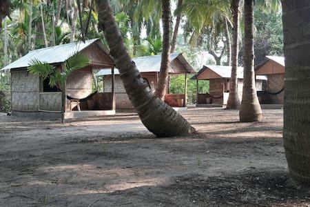Elephant and Four Wise Men Resort, Neil Island