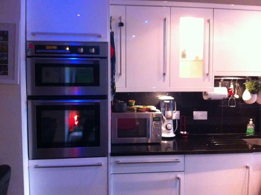 De Deitrich Double Oven, Microwave