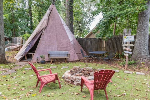 Glamp in this Magical Teepee in the City, with AC!