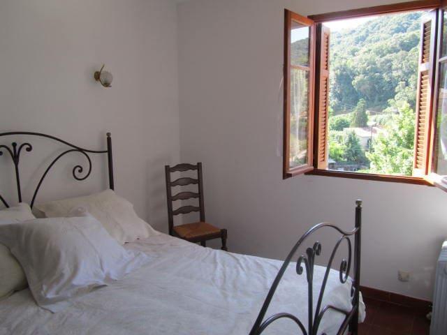 Appartement de charme dans maison - Cauro