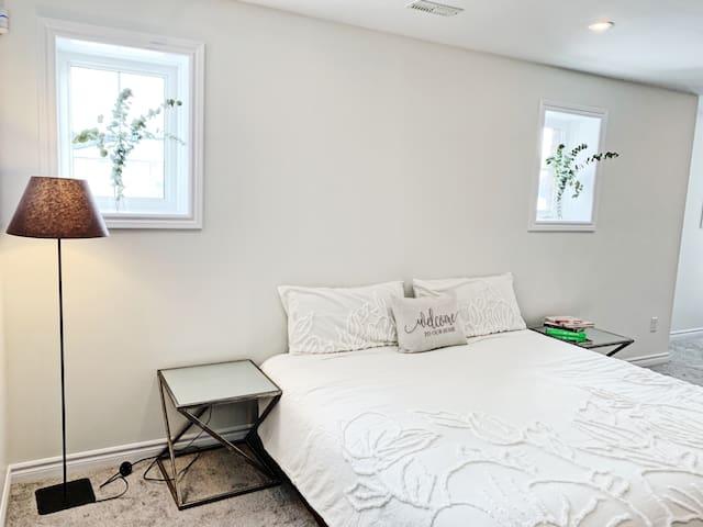 Beautiful Entire Basement Apartment in Innisfil