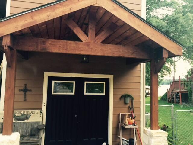 Lakeside Cozy Cabin - Jacksonville