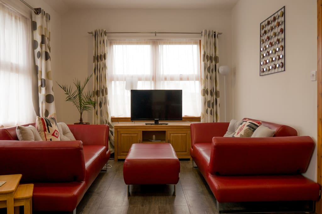 Living area.  Now with HD Freeview TV & Wifi.