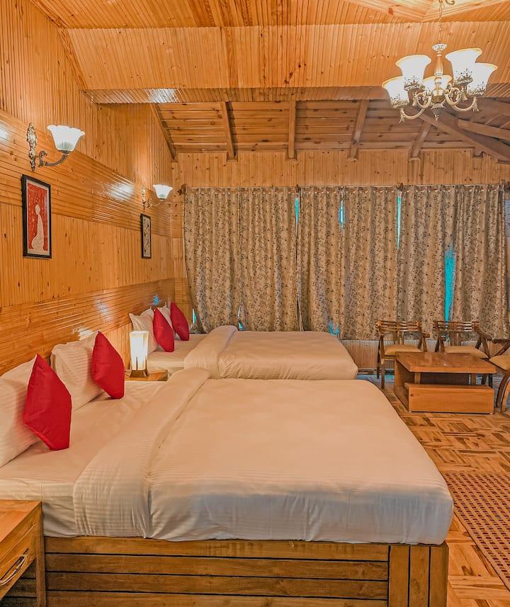 Plumwood private room in Ramgarh Vatika