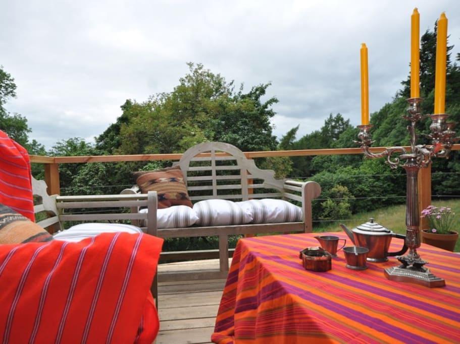 Cosy Porch/decking area
