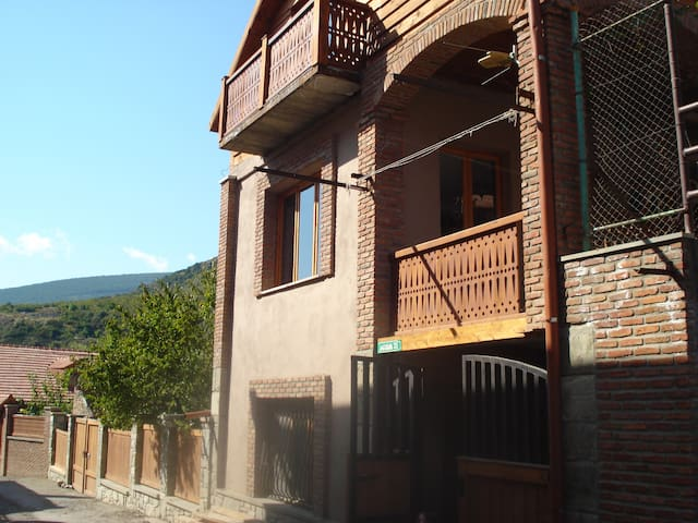 Guest House Lile - Mtskheta - Bed & Breakfast