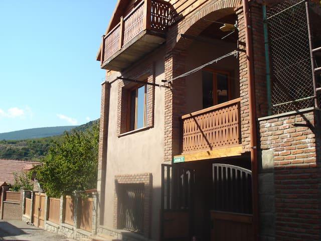 Guest House Lile - Mtskheta - Aamiaismajoitus