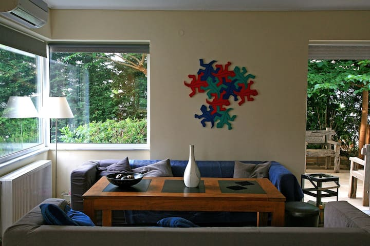 Stylish maisonette close to beach - Loutraki - Casa