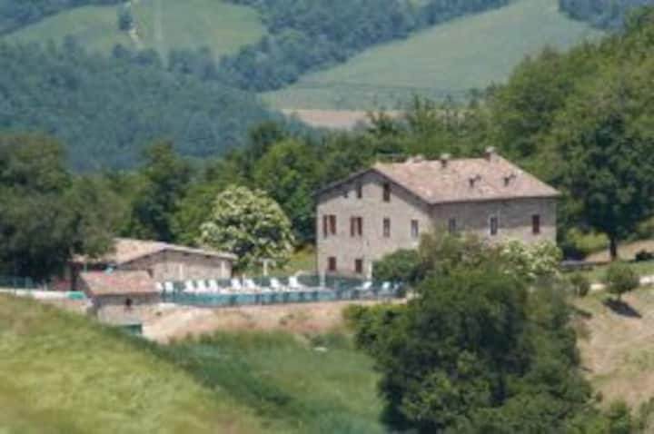 Six independent apartments in ancient farm house