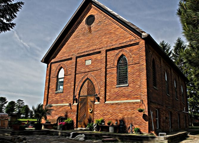 Spend a night in an 1899 church - Fordwich