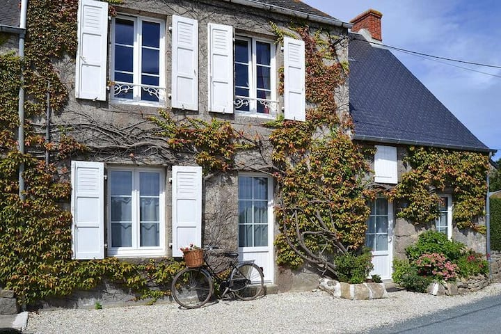 4 star holiday home in Montfarville