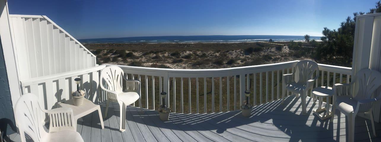 OCEAN FRONT 2 bed/2 bath town home - Fernandina Beach