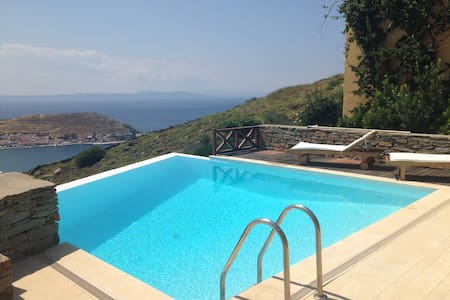 Villa Danai with astonishing view - Korissia