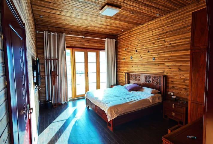 月姐姐推荐 新疆乌鲁木齐丝路滑雪场内精装别墅,套房,房间可看到艾文道 独立卫生间带浴缸含早餐