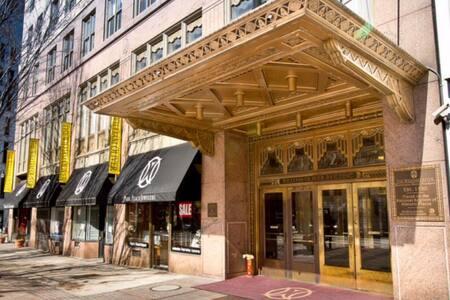 Historic Downtown Art Deco Luxury