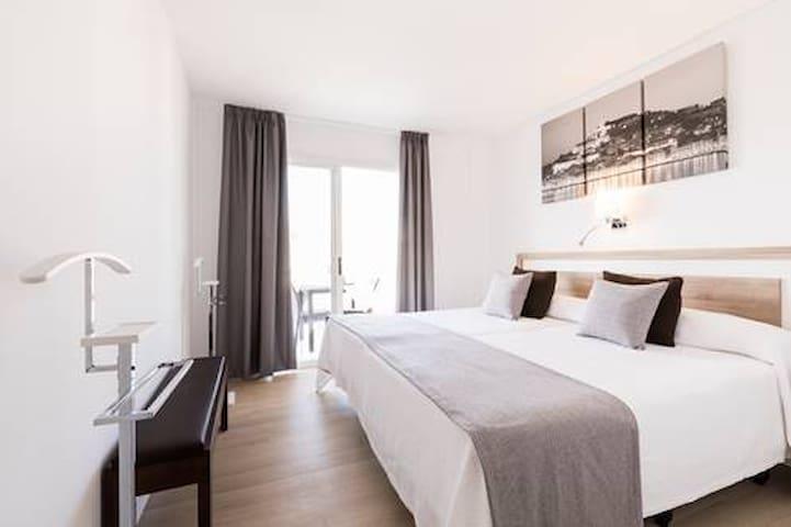 Precioso Apartamento Bahia San Antonio (Ibiza)