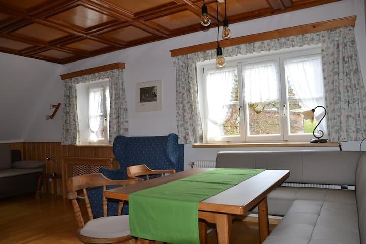 Ferienwohnungen Lassingbauer (Göstling an der Ybbs), Ferienwohnung Rustikal - mit Küche und kostenfreiem WLAN