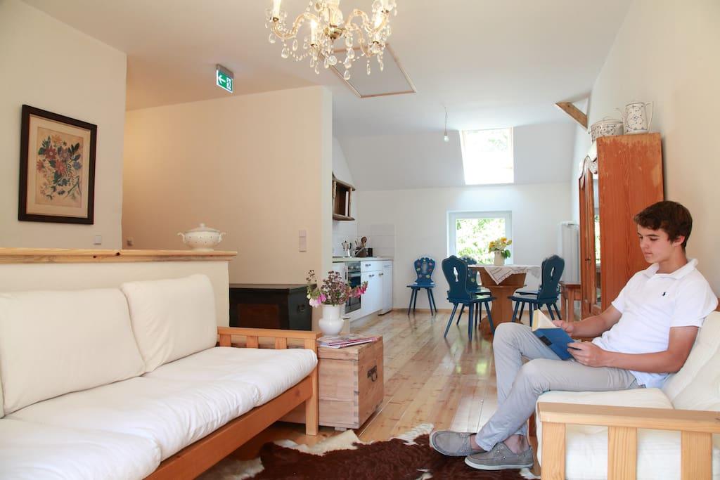 Sitzecke und Küche