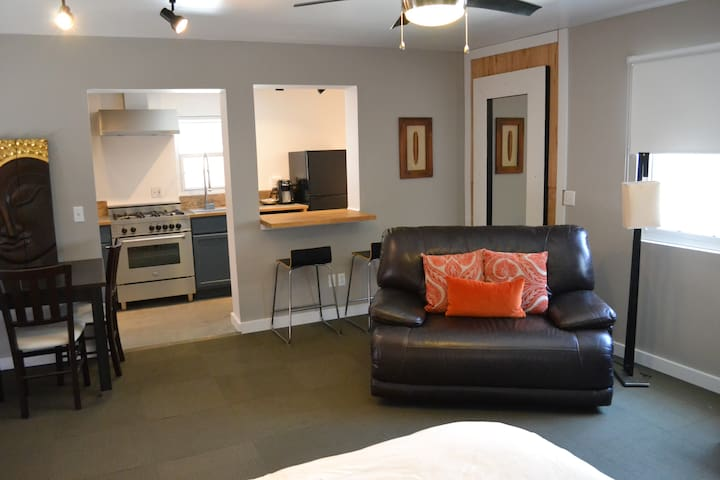 Private Studio Playa Vista/MDR