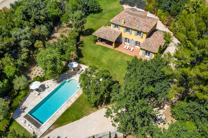 Sublime Villa en Provence avec piscine et jardin