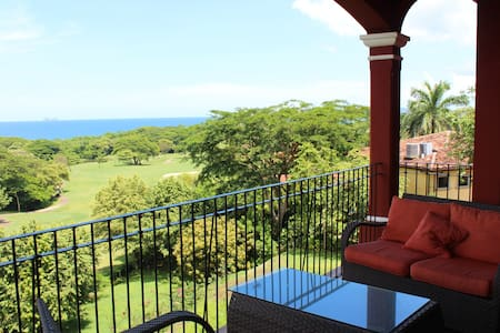 Penthouse Condo - Ocean Views! - Playa Conchal,  - Condominium