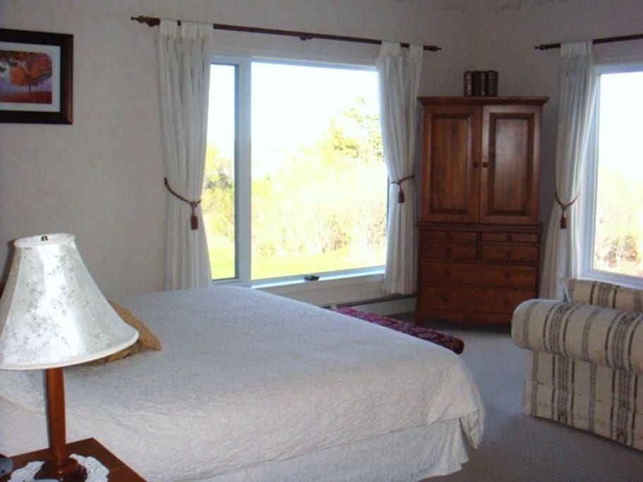 King Suite, Firedance Country Inn