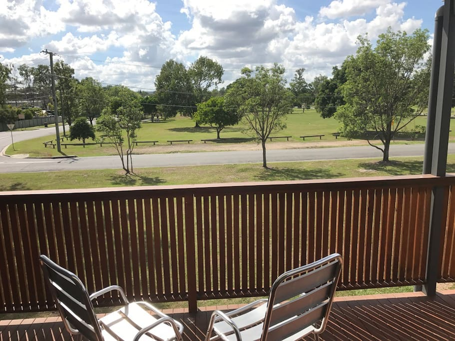 Lovely back deck overlooking parkland