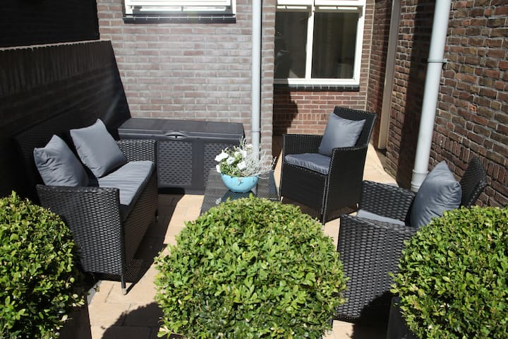 Newly renovated cottage near beach - Noordwijk - Cabane