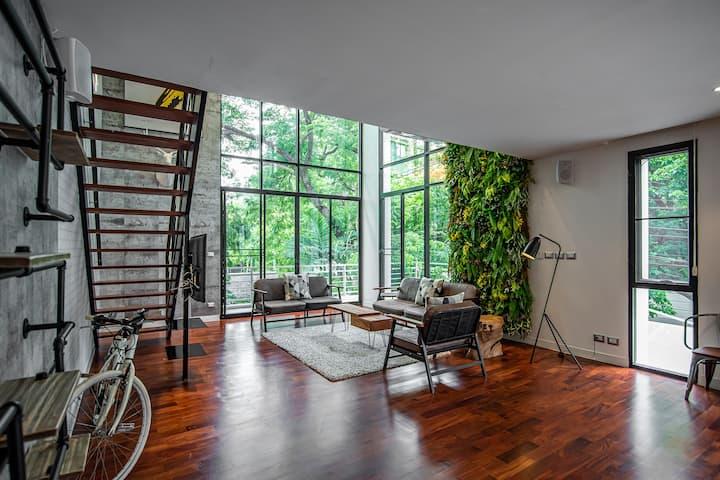 Benviar - Three Bedroom Duplex (275 sqm) @Chitlom