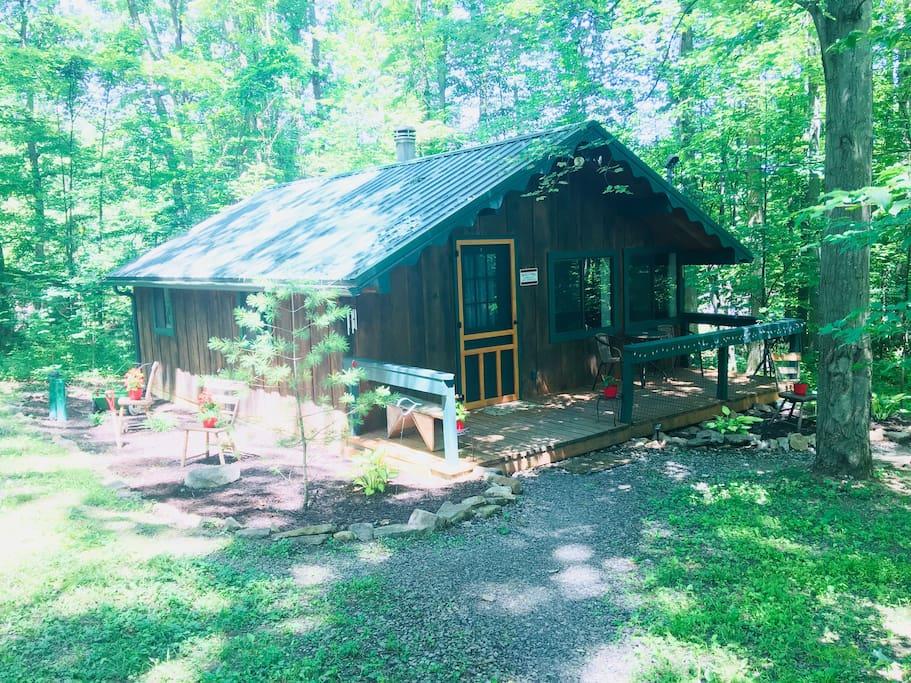 Lumberjack Cabin at summer time!