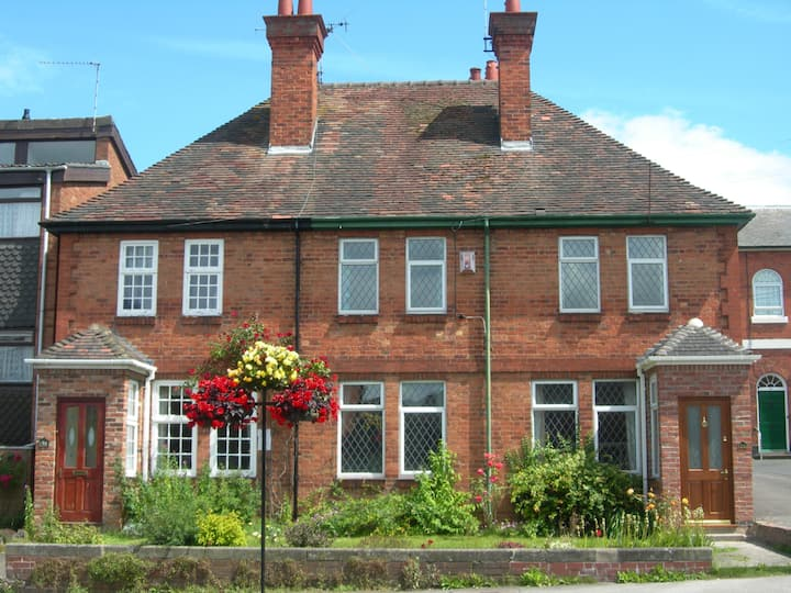 Comfy, market town home near Stratford Upon Avon