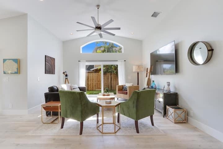 Gorgeous 3 Bdrm Private Home | The Bent Palm