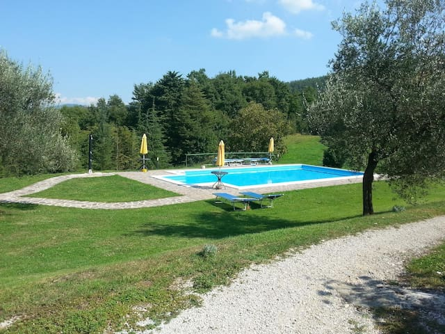 Holiday house for 15 persons, with swimming pool